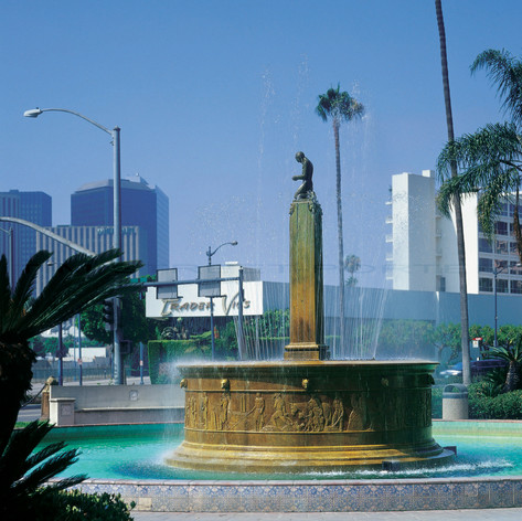 Beverly Hills Fountain