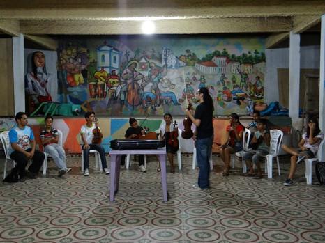 Oficina de violino popular em Bragança PA