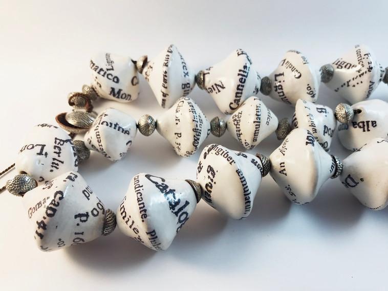 Jamaica 1696-Porcelain Beads