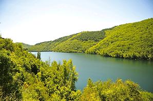 Landskapet rundt Avène Frankrike