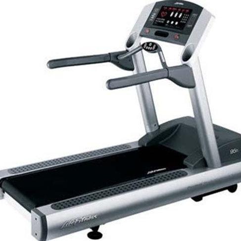 Life Fitness 95TI Treadmill Re-Manufactured