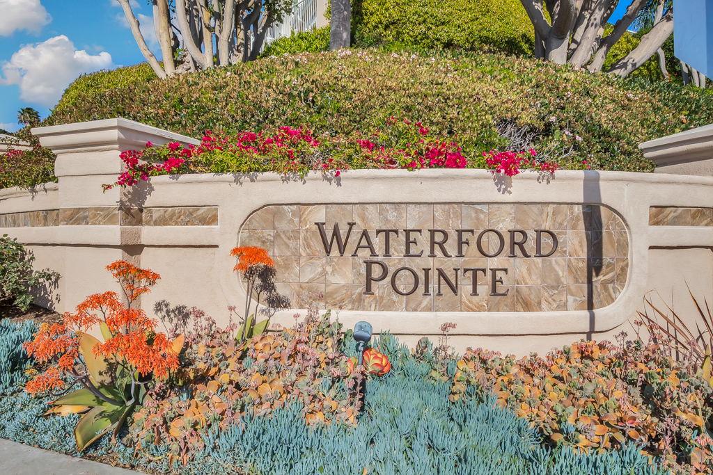 waterford pointe sign