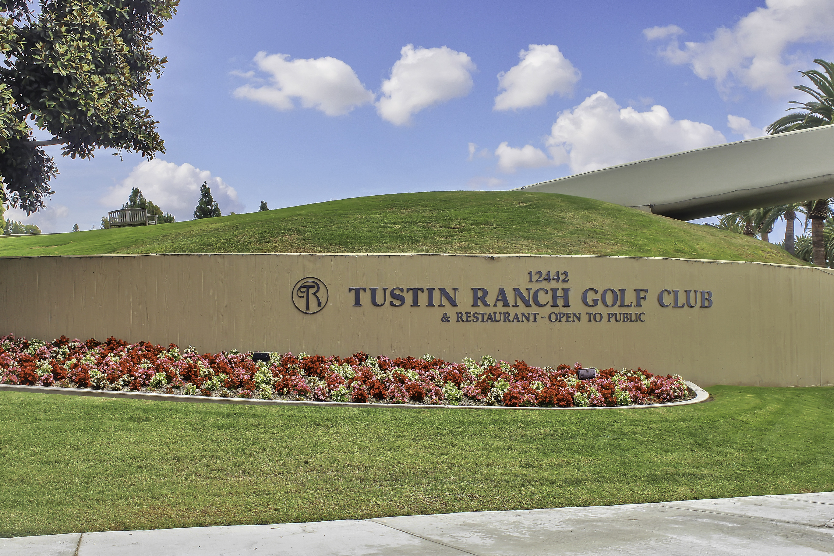Tustin Ranch Golf Sign