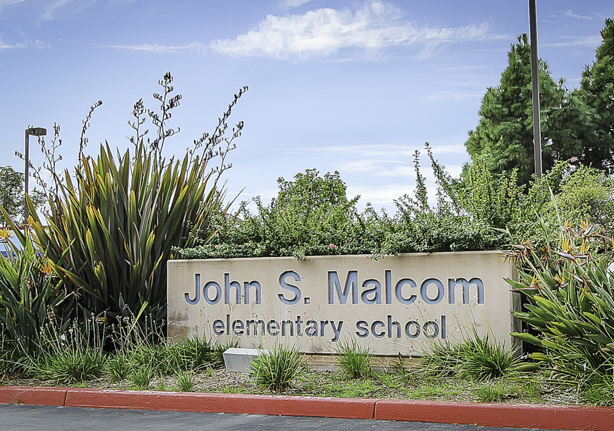 1308891-BEACON_HILL_Malcom_School