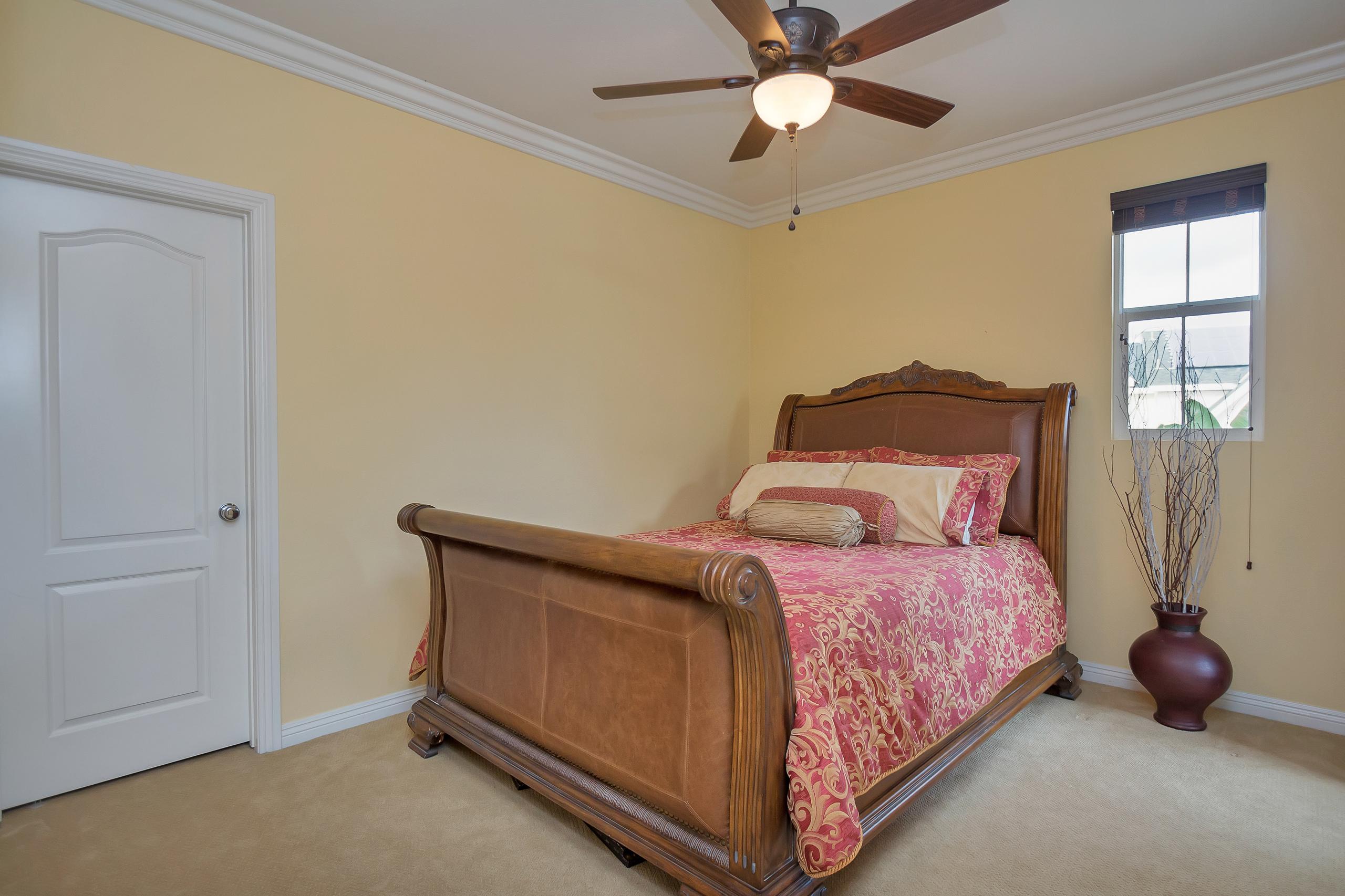 1106707-Bedroom_2