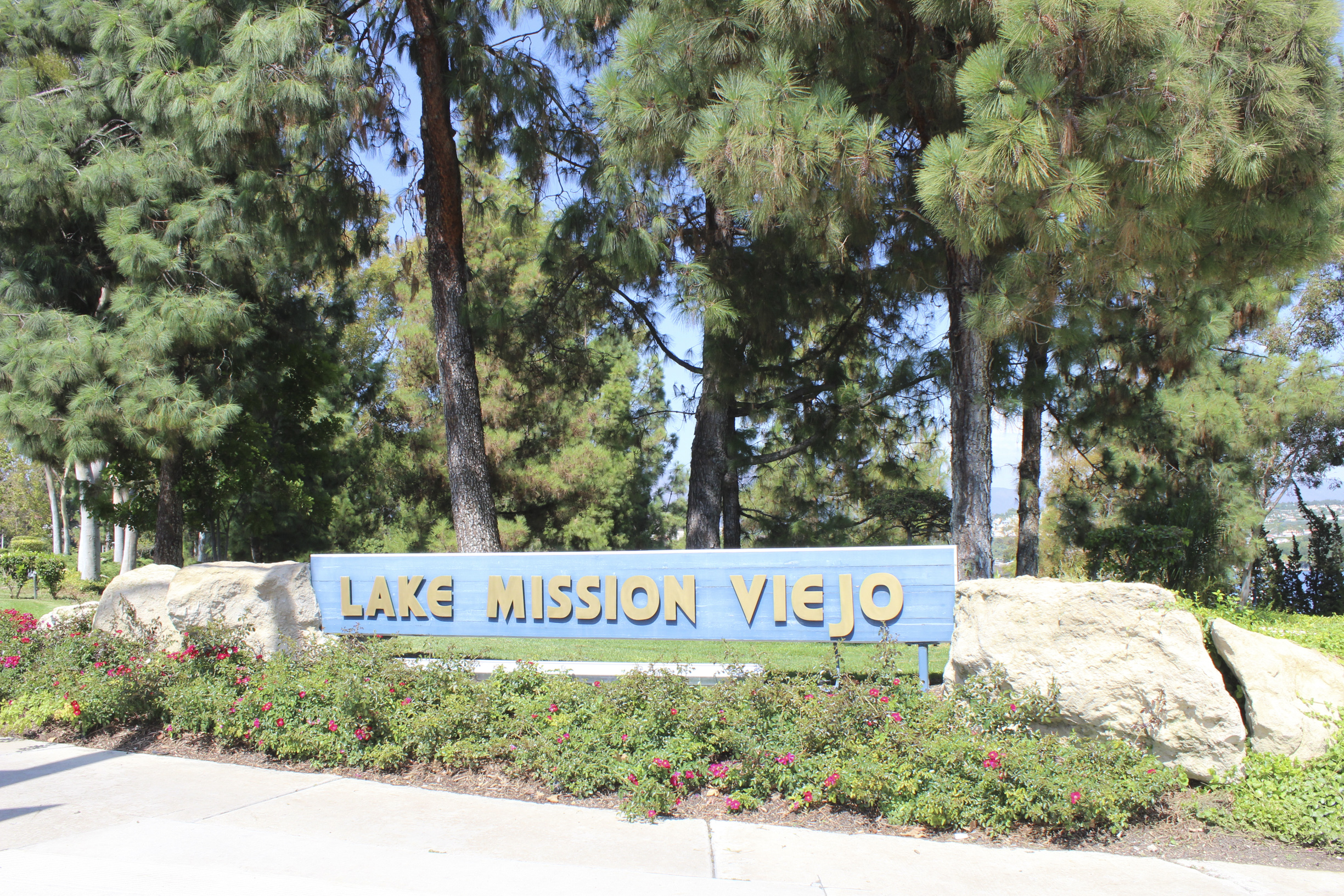 Mission Viejo Lake SIGN-2