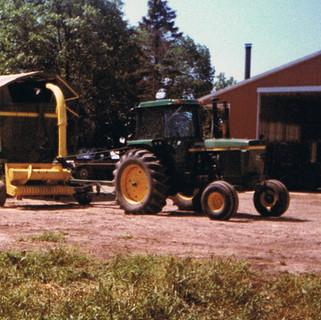 Pull-type harvester