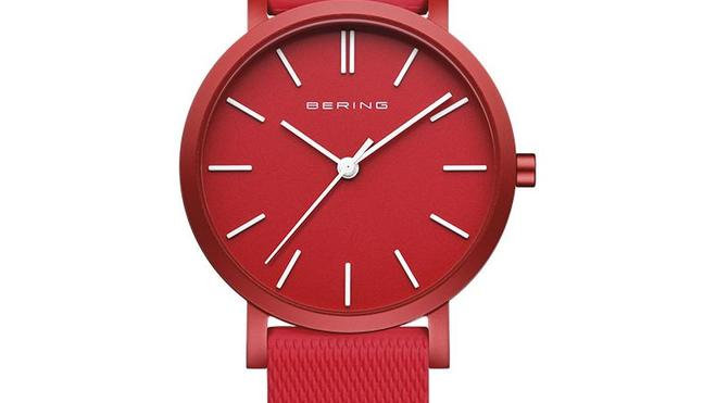 Rellotge Bering alumini color vermell. Reloj aluminio color rojo.