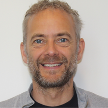 Christian Damsgaard, Knud E. Hansen