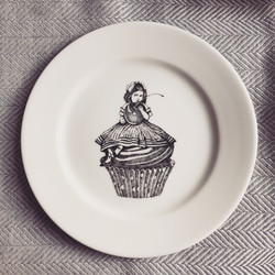 Sin on the Beach for SOYKA, Alice plate
