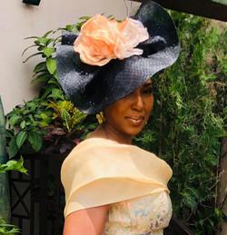 Black and peach big headpiece wedding gu
