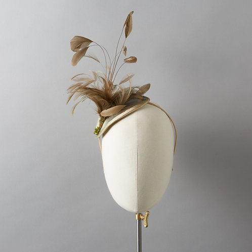 Women's Gold Feathered Headpiece - Halle