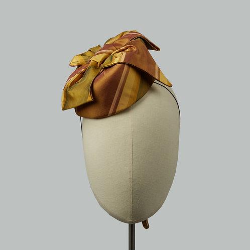 Women's golden cocktail hat - Eurydice