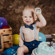 Babyfoto im Studio in Wolfsberg, Cake-Smash Shooting Kärnten, Cakesmash