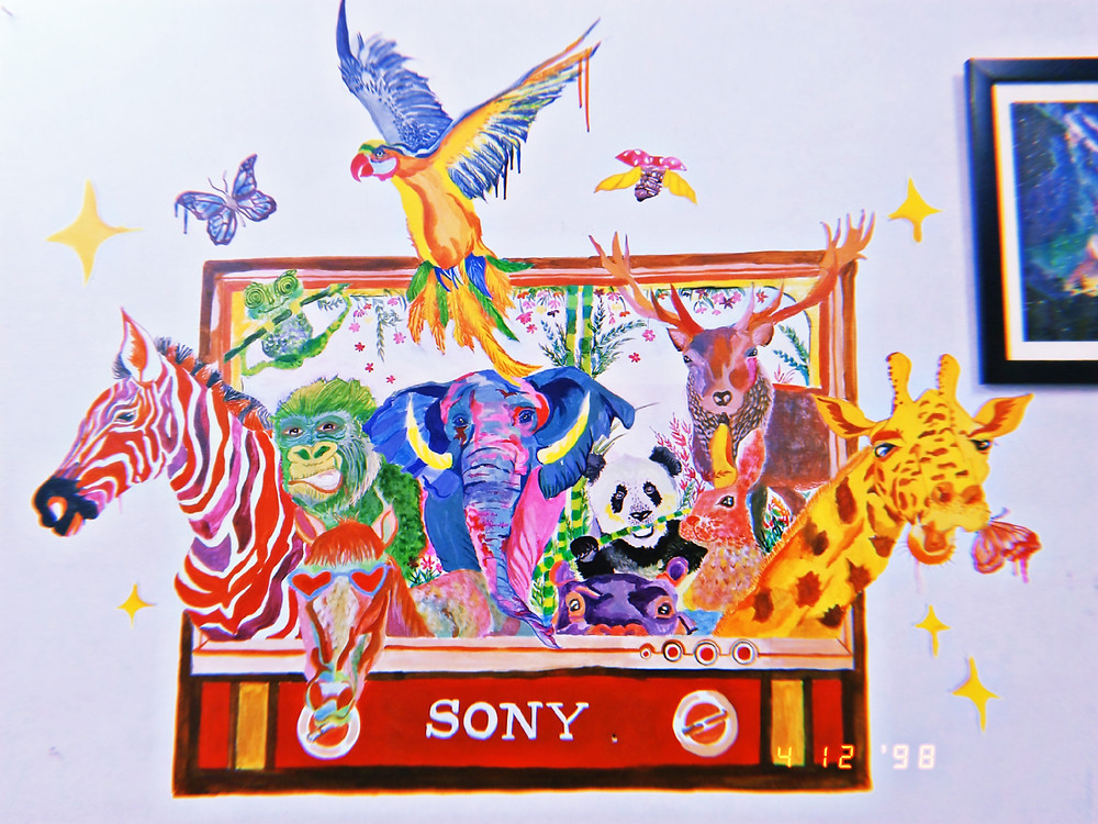 anusha painted this mural of her family tv after it was stolen