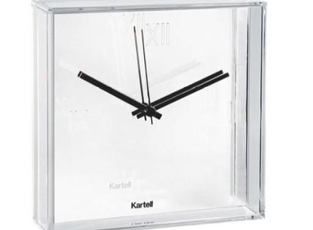 В наличии часы фабрики Kartell Tic&Tac!