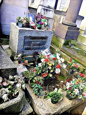 Paris Pere Lachaise Cimetery - Jim Moris