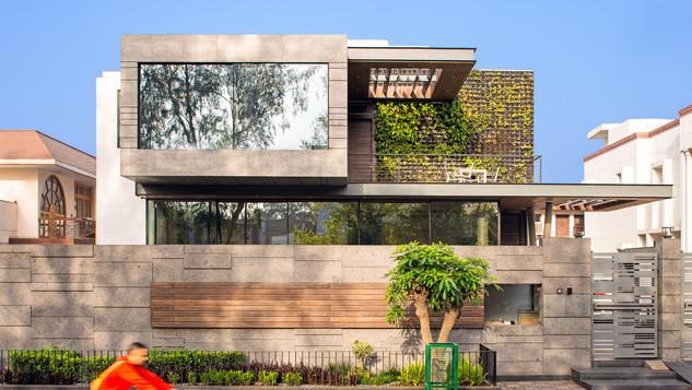Cantilever house 1.jpg