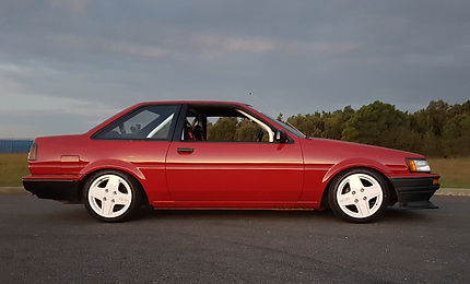 Toyota AE86 AE85 Levin notchback JDM coupe Tom's Racing wheels