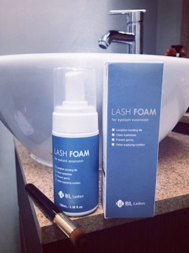 Eyelash Foaming Cleanser