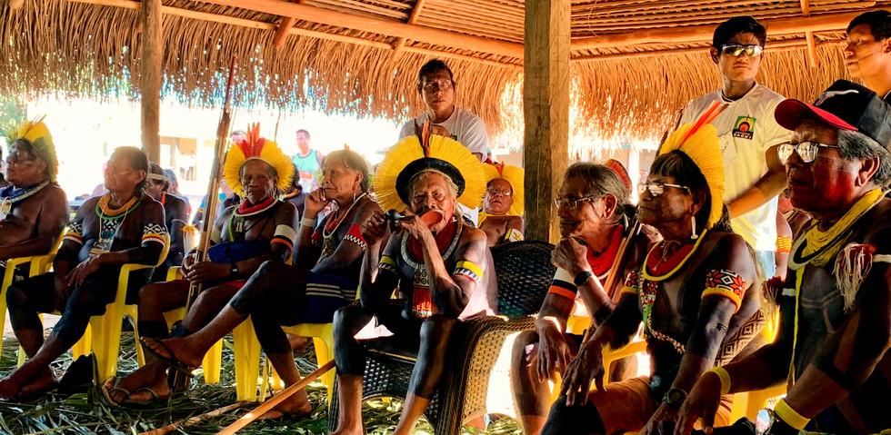 Encontro de mais de 600 lideranças indígenas, de todo Brasil, na aldeia Piaraçu, organizado pelo Instituto Raoni.