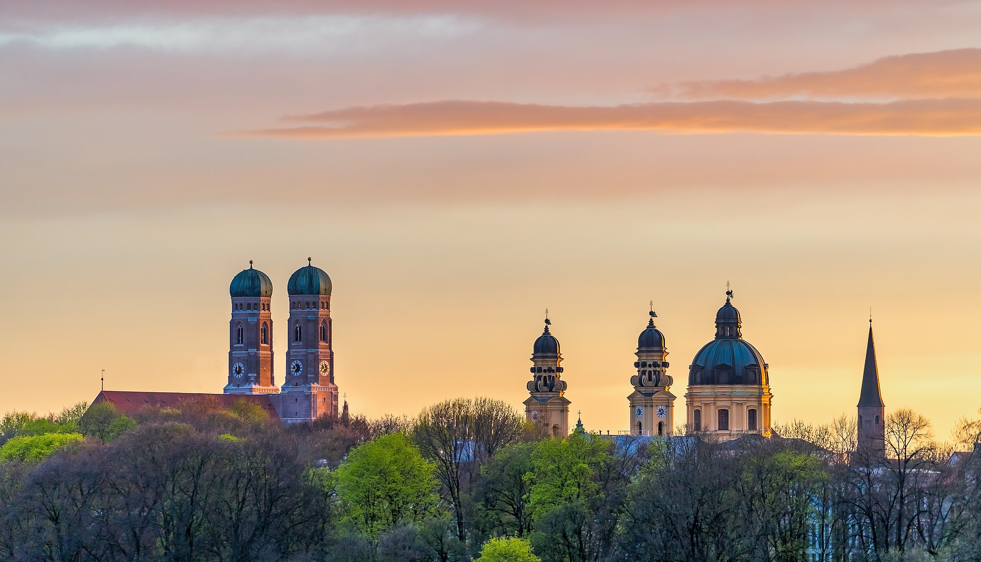 Munich Frauenkirche during beautiful sun