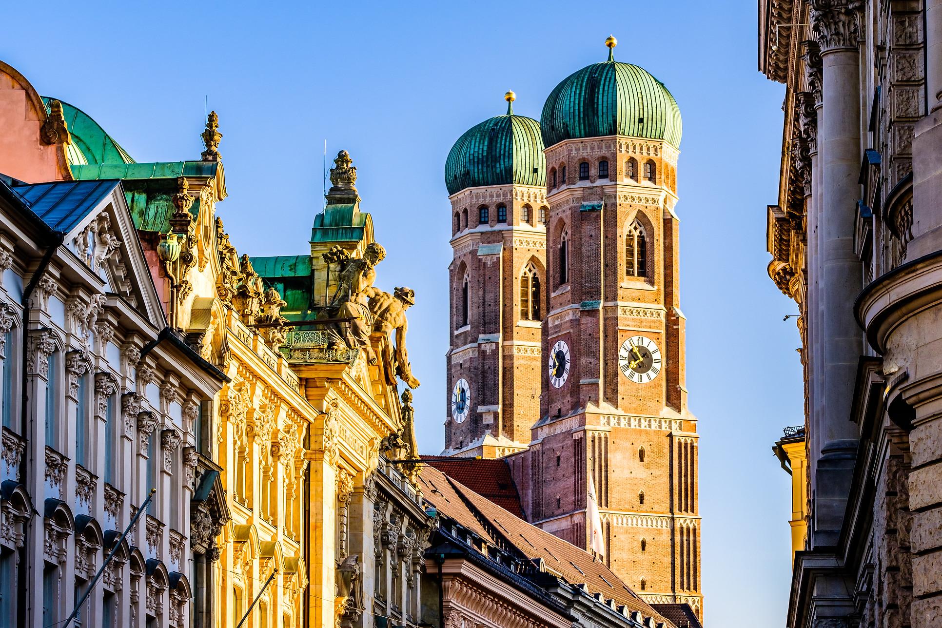 Munich Cathedral - Liebfrauenkirche in M