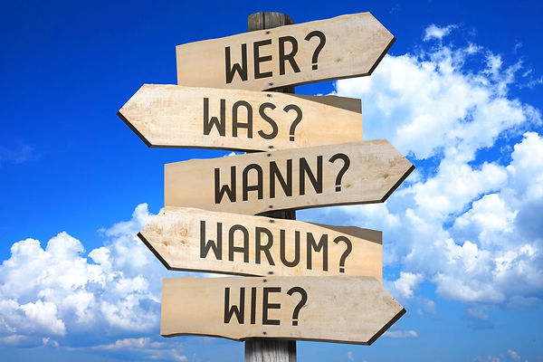 """Signpost - questions - """"Wer?"""", """"Was?"""", """""""