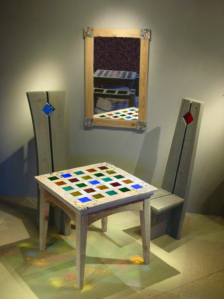 Table-Chairs-Mirror1