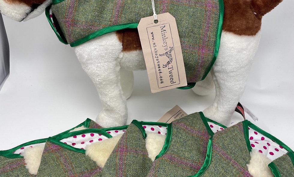 HARNESSES Raspberry Tweed