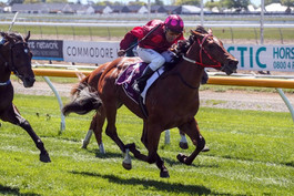 RAE'S PHONE RED HOT AFTER SPEEDY CONTRIBUTER WINS AGAIN