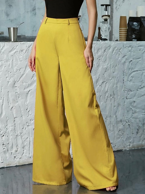 Golden Chic | Wide Leg Pants