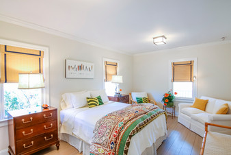 Hamptons Cottage Home Staging