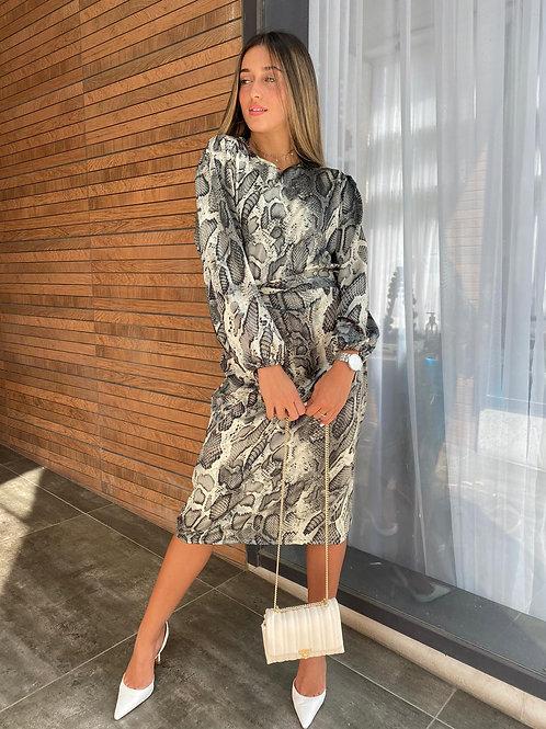 שמלת הולה