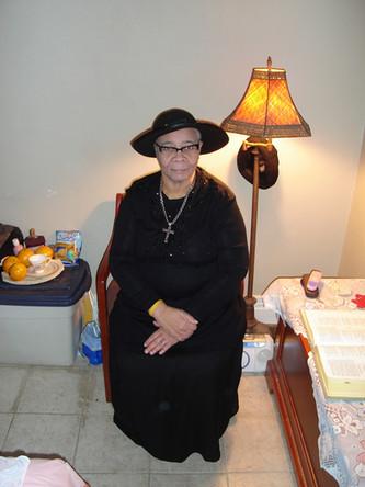 Grandma, Regal
