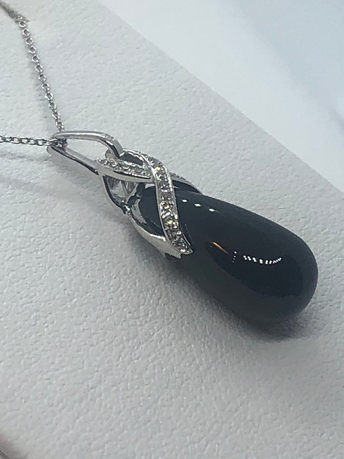 14ct White Gold Diamond Onyx Necklace