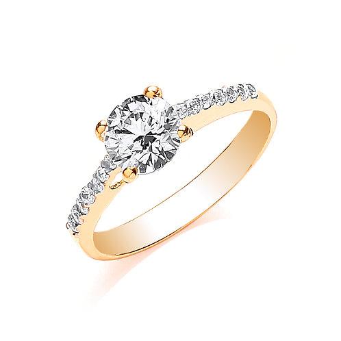 9ct yellow Gold Ladies Cz ring