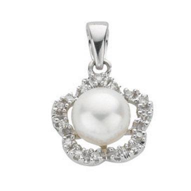 9ct White Gold Diamond & Pearl pendant