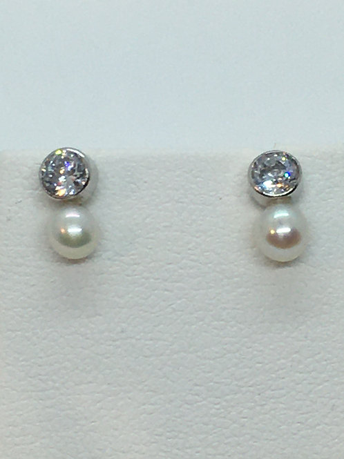 9ct White Gold Pearl and Cubic Zirconia Earrings