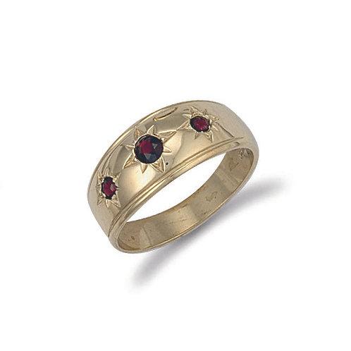 9ct yellow Gold Gents 3 stone Garnet Ring