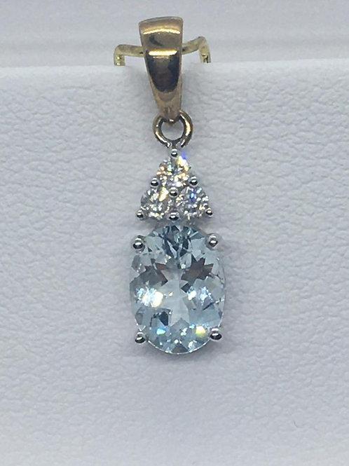 9ct White Gold Aquamarine Diamond Pendant