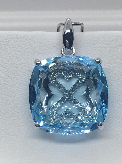 14ct White Gold Diamond Blue Topaz Pendant