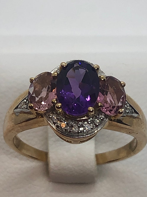 9ct Yellow Gold Diamond Amethyst Ring