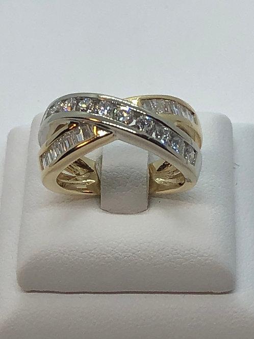 14ct Yellow Gold Diamond Cross Over Diamond Ring