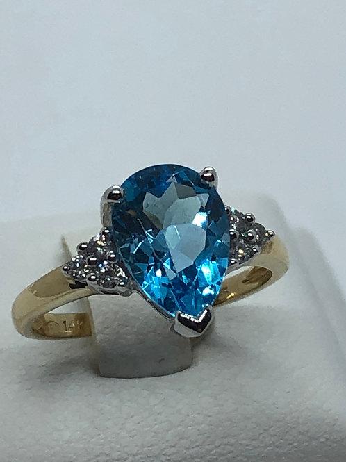 14ct Yellow Gold Diamond Blue Topaz Ring