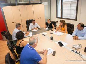 Gobierno Municipal y agentes sociales repasan los objetivos del Manifiesto Fénix tras un año de su i
