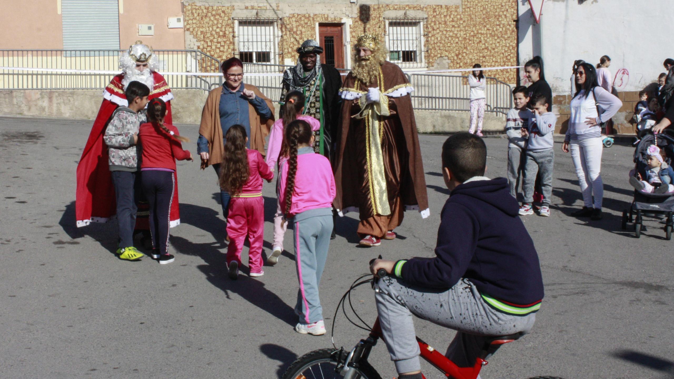 Llegan los Reyes al barrio