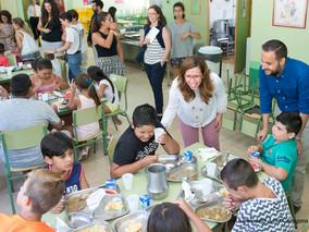 Más de 800 niños se benefician de los comedores escolares en verano