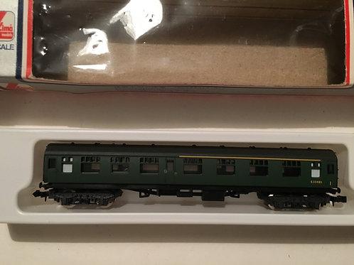 320352 SR GREEN COMPOSITE COACH S33485