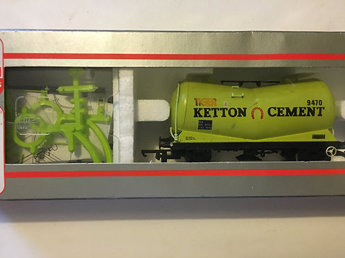 305602A KETTON CEMENT TANKER WAGON